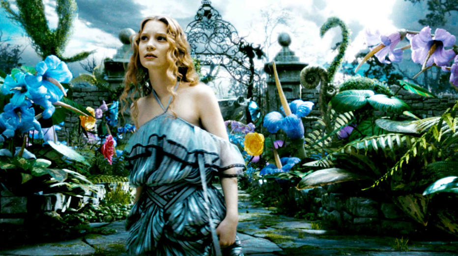 alice-in-wonderland-2010-tim-burton-02.jpg