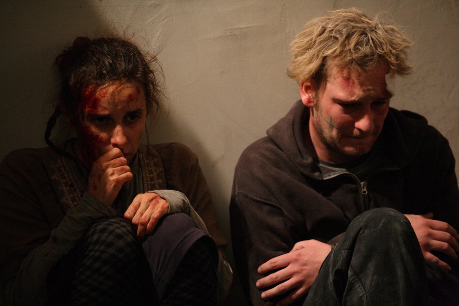 Diaz-Dont-Clean-Up-This-Blood-2012-Daniele-Vicari-10.jpg