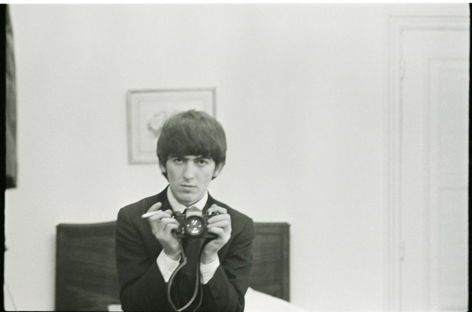 George-Harrison-Living-in-the-Material-World-2011-Martin-Scorsese-02.jpg