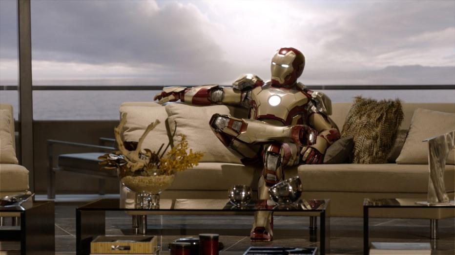 iron-man-3-2013-shane-black-Iron-Man-3-new-armor.jpeg