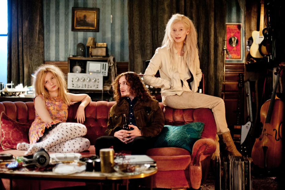 only-lovers-left-alive-2013-jim-jarmusch-02.jpg