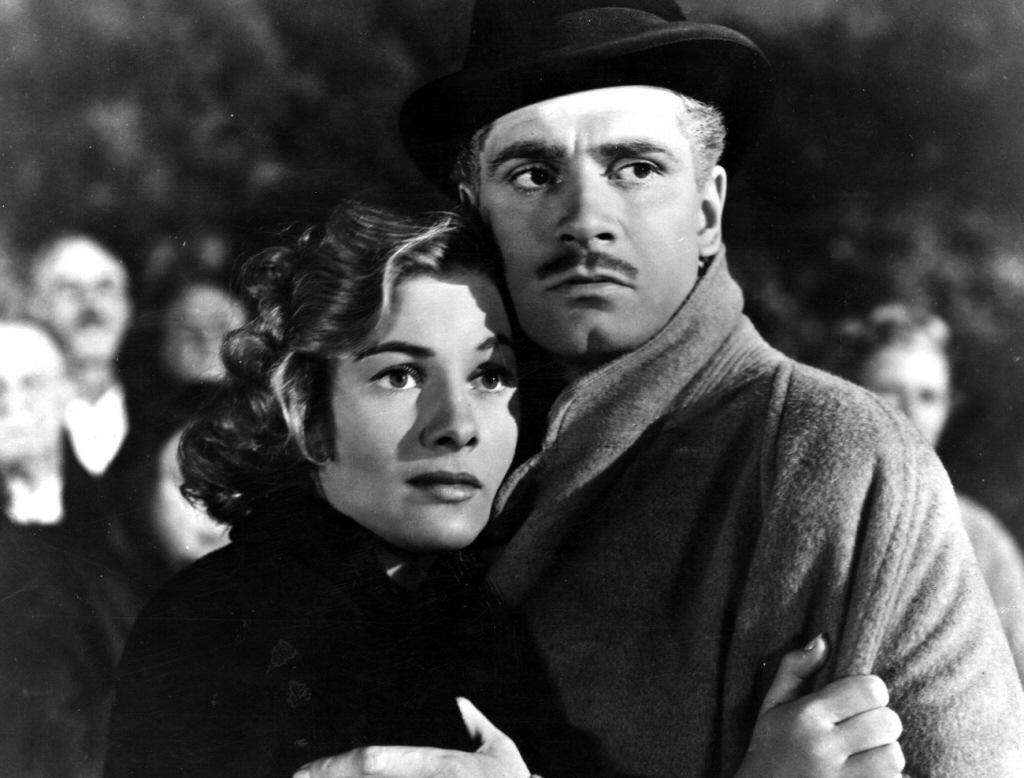 Risultati immagini per rebecca, la prima moglie film 1940