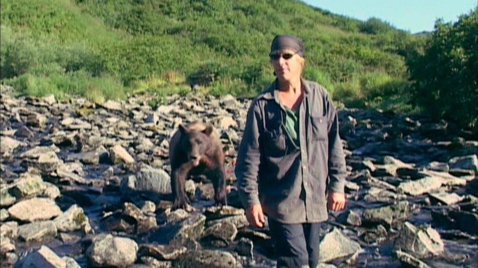 grizzly-man-2005-werner-herzog-09.jpg
