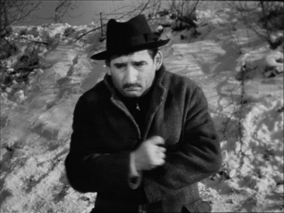 il-cappotto-1952-alberto-lattuada-02.jpg