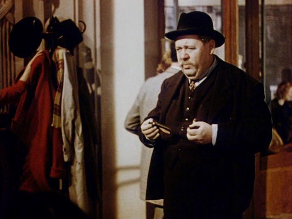 l-uomo-della-torre-eiffel-1949-Burgess-Meredith-004.jpg