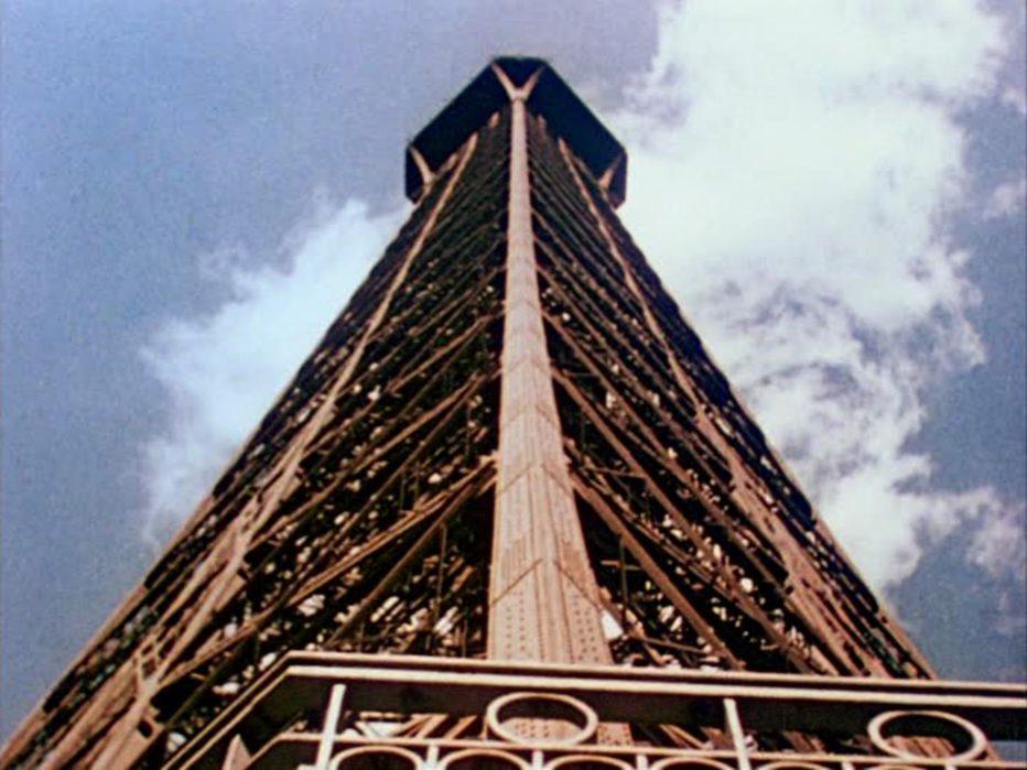 l-uomo-della-torre-eiffel-1949-Burgess-Meredith-007.jpg
