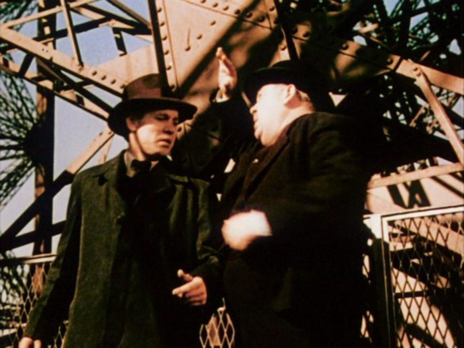 l-uomo-della-torre-eiffel-1949-Burgess-Meredith-008.jpg
