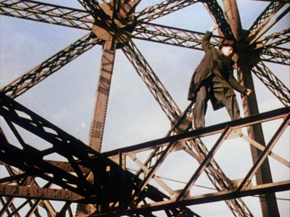 l-uomo-della-torre-eiffel-1949-Burgess-Meredith-009.jpg