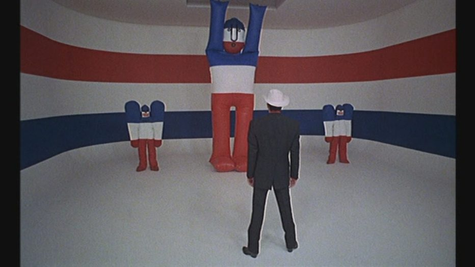 Evviva-la-liberta-1969-Mr-Freedom-William-Klein-19.jpg
