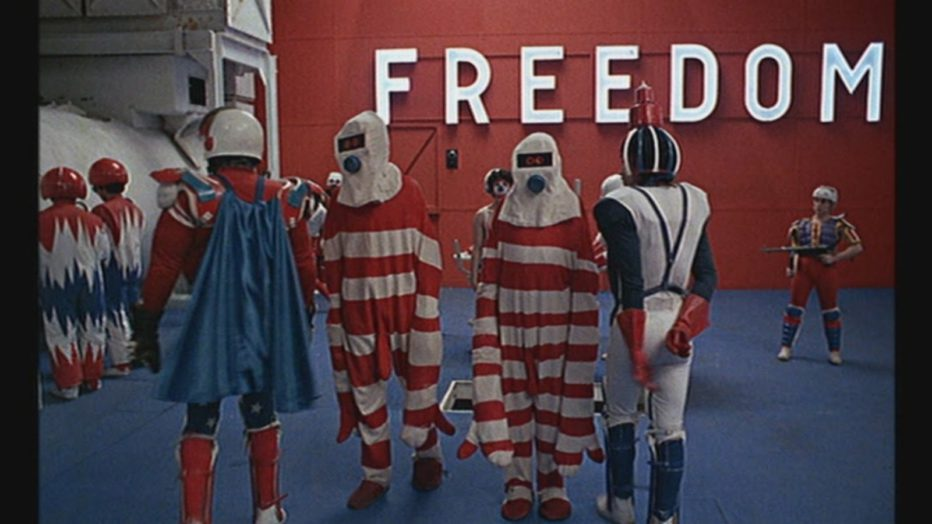 Evviva-la-liberta-1969-Mr-Freedom-William-Klein-36.jpg