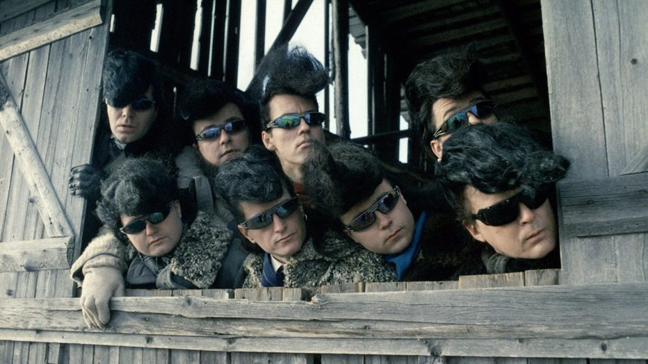 leningrad-cowboys-go-america-1989-aki-kaurismaki-06.jpg