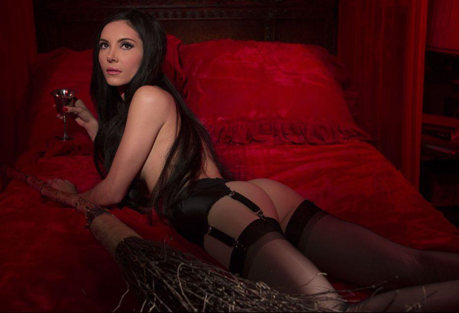 the-love-witch-2016-anna-biller-01.jpg