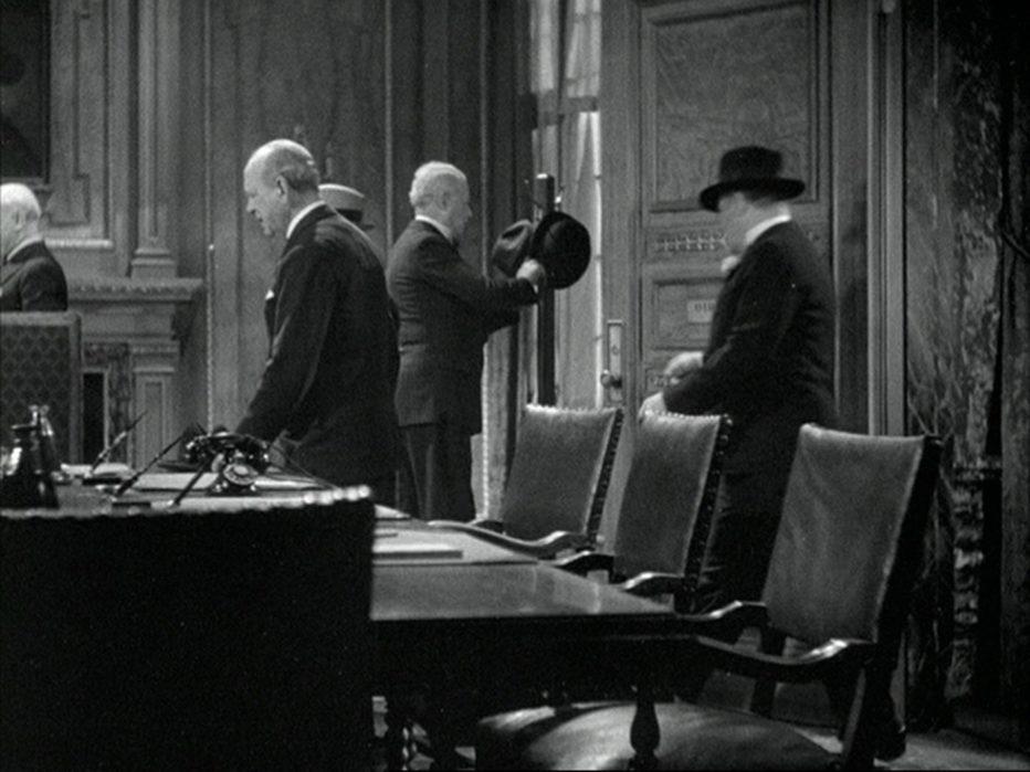 la-follia-della-metropoli-1932-Frank-Capra-005.jpg