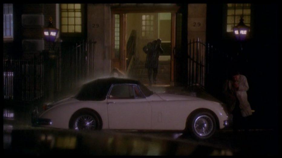 scandal-il-caso-profumo-1989-Michael-Caton-Jones-014.jpg