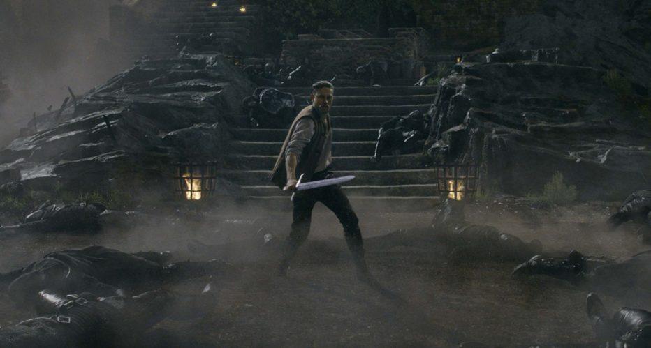 king-arthur-il-potere-della-spada-2017-Guy-Ritchie-6.jpg