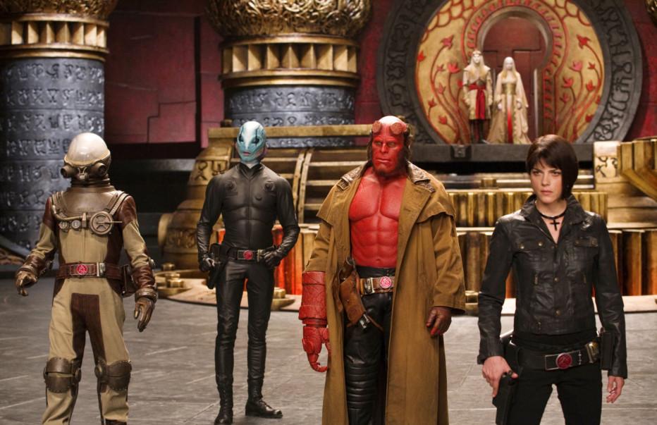 Hellboy-The-Golden-Army-2008-Del-Toro-01.jpg