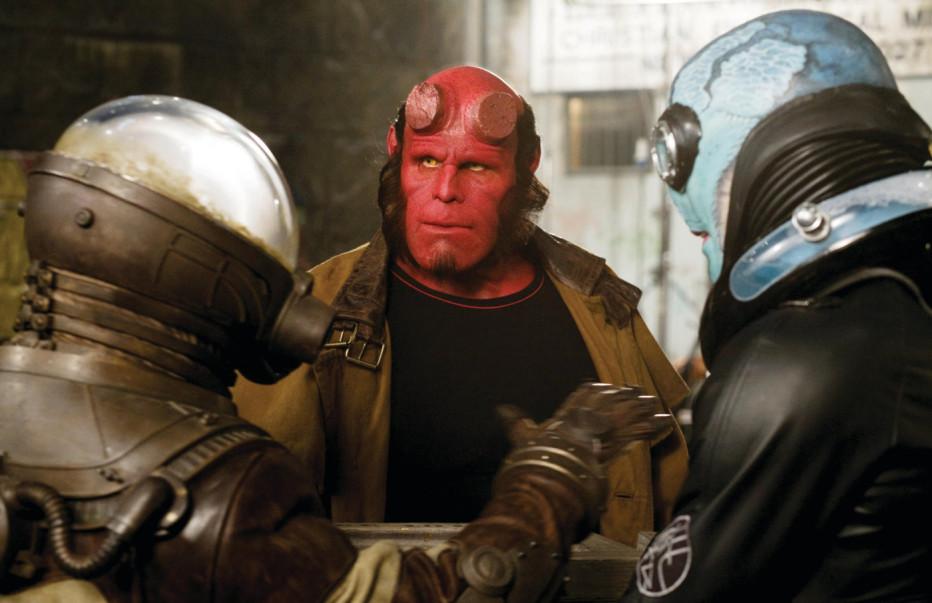 Hellboy-The-Golden-Army-2008-Del-Toro-03.jpg