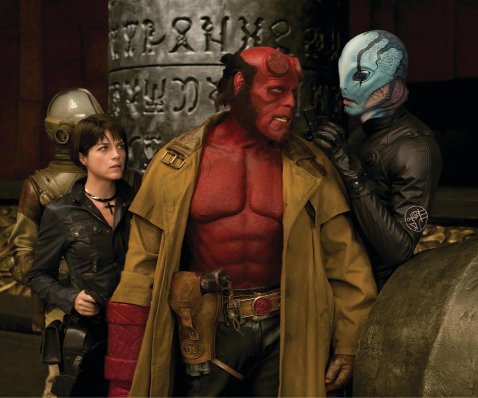 Hellboy-The-Golden-Army-2008-Del-Toro-15.jpg