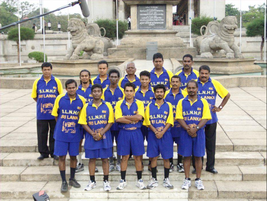 Machan-La-vera-storia-di-una-falsa-squadra-2008-Uberto-Pasolini-04.jpg