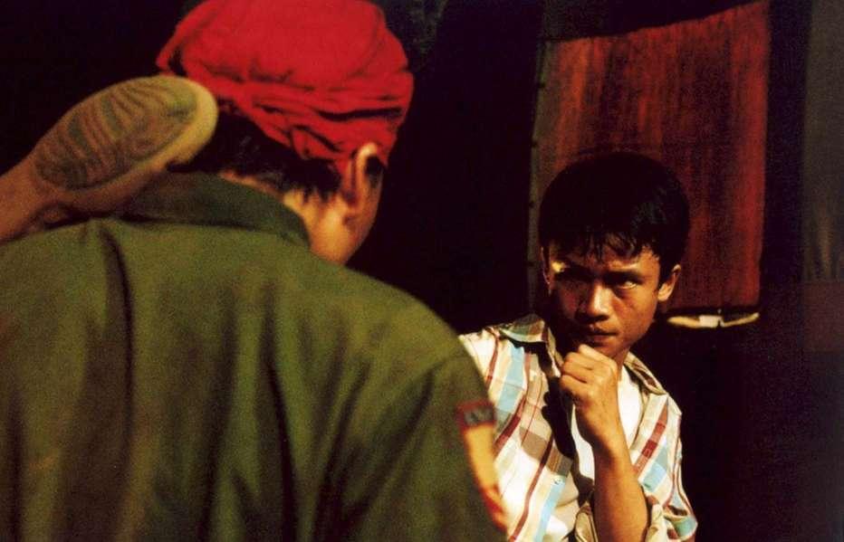 Born-to-Fight-2004-Panna-Ritthikrai-05.jpg