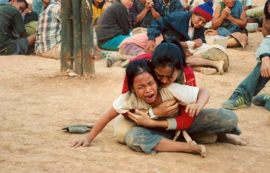 Born-to-Fight-2004-Panna-Ritthikrai-12.jpg
