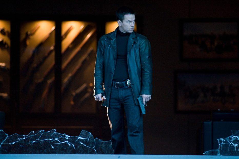 Max-Payne-2008-John-Moore-03.jpg