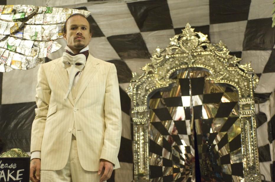 parnassus-l-uomo-che-voleva-ingannare-il-diavolo-2009-terry-gilliam-007.jpg