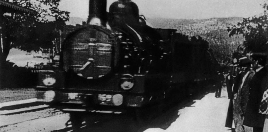L'arrivo di un treno alla stazione di La Ciotat