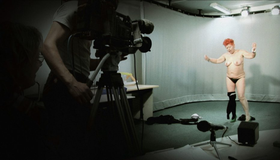 Videocracy-Basta-apparire-2009-Erik-Gandini-01.jpg