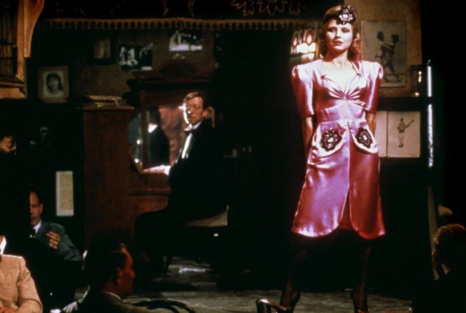 Lili-Marleen-1981-Rainer-Werner-Fassbinder-02.jpg