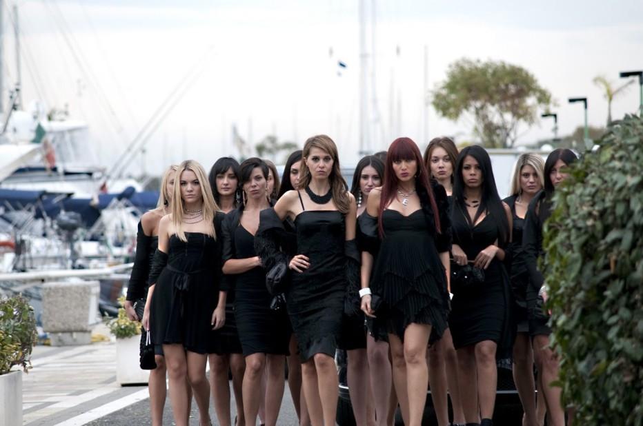 nessuno-mi-puo-giudicare-2011-massimiliano-bruno-01.jpg