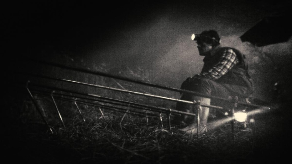 Night-Fishing-Paranmanjang-2011-Park-Chan-wook-Park-Chan-kyong-10.jpg