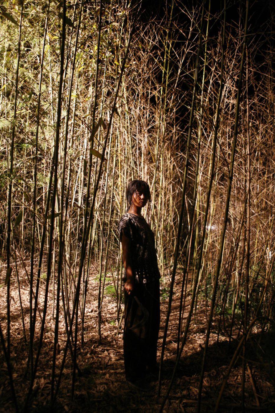 Bedevilled-2010-Jang-Cheol-soo-05.jpg