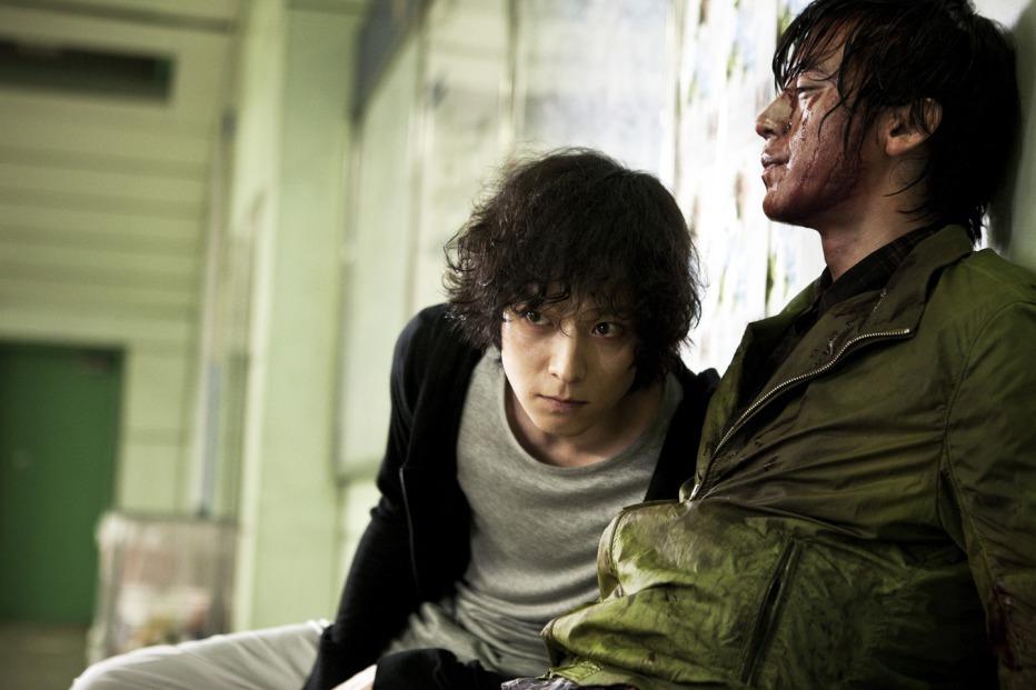Haunters-2010-Kim-Min-suk-03.jpg