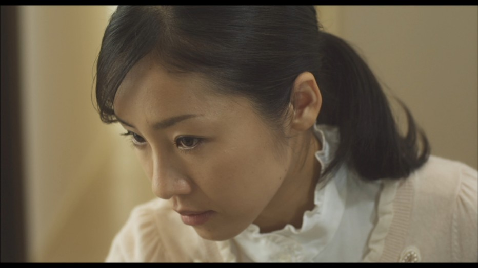 guilty-of-romance-2011-sion-sono-11.jpg