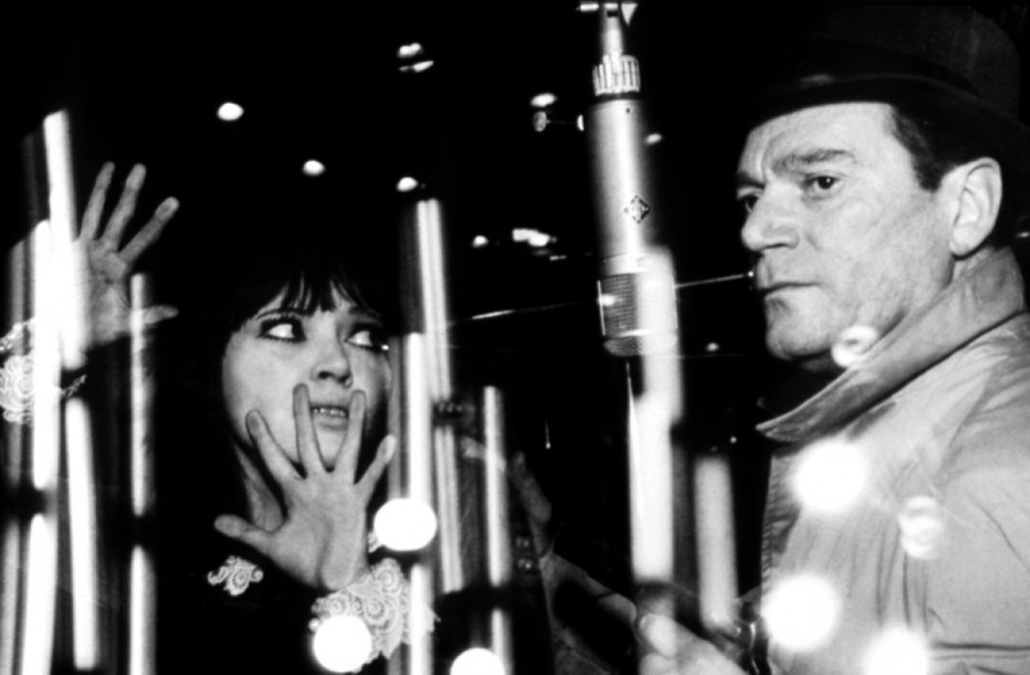 agente-lemmy-caution-missione-alphaville-1965-jean-luc-godard-02.jpg