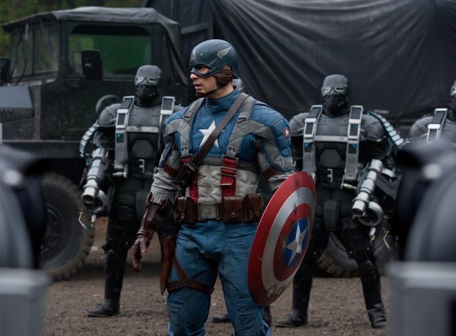 captain-america-il-primo-vendicatore-2011-hoe-johnston-captain-america-il-primo-vendicatore-chris-evans-foto-dal-film-7.jpg