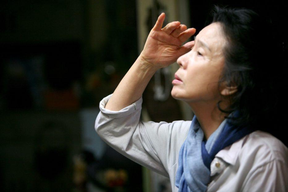 poetry-2010-lee-chang-dong-07.jpg