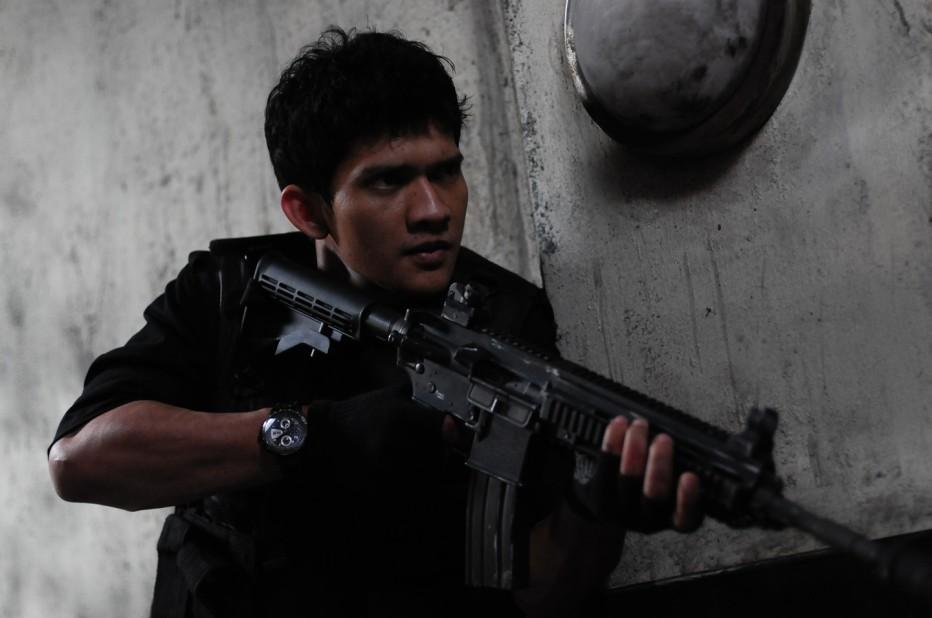 the-raid-2011-gareth-huw-evans-01.jpg