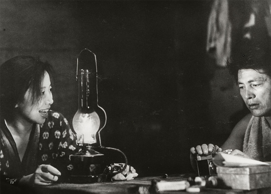 la-donna-di-sabbia-1964-hiroshi-teshigahara-02.jpg