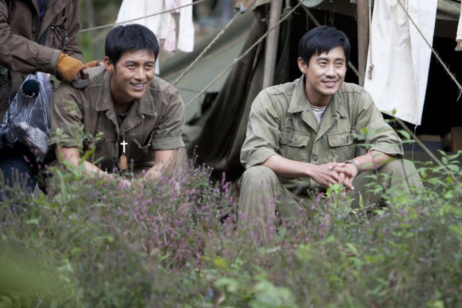 The-Front-Line-2011-Jang-Hun-01.jpg