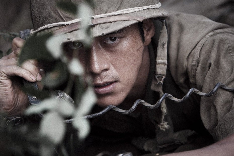 The-Front-Line-2011-Jang-Hun-03.jpg