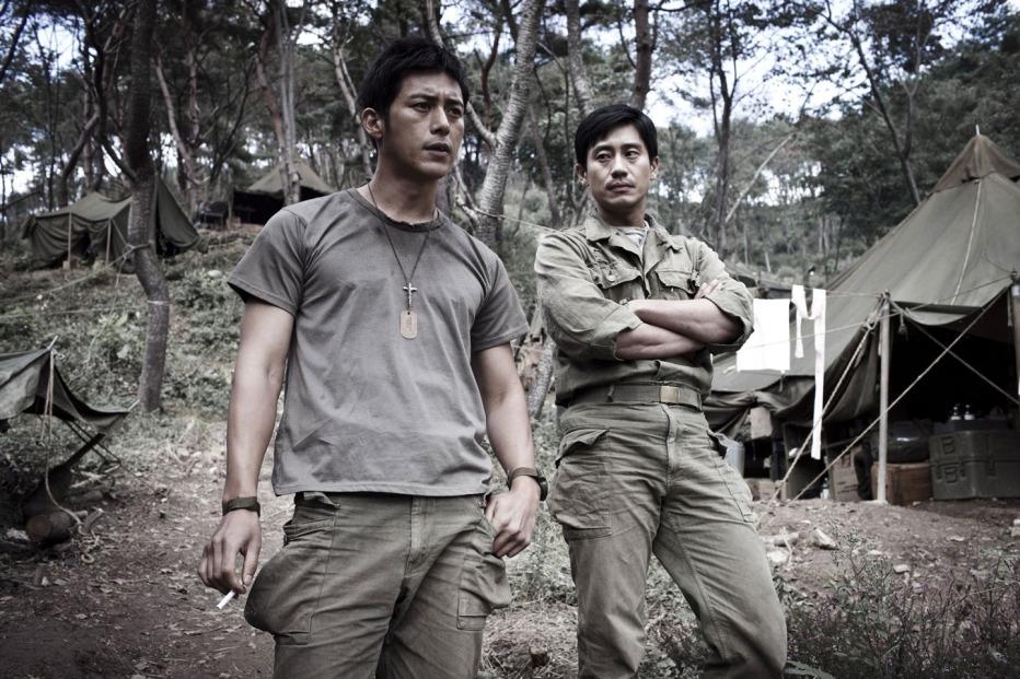 The-Front-Line-2011-Jang-Hun-05.jpg