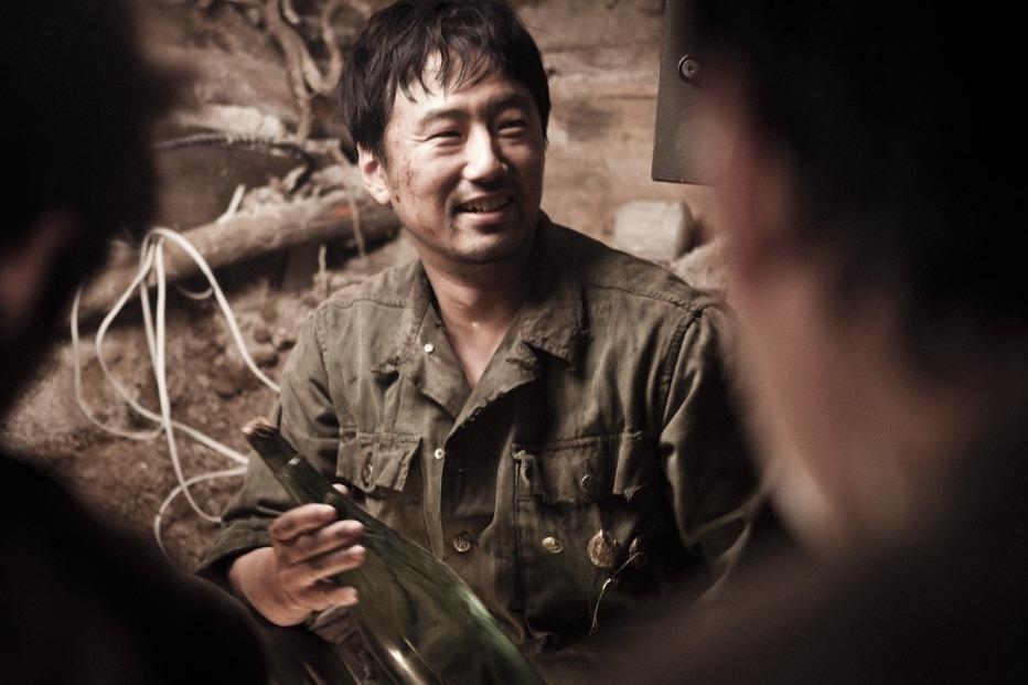 The-Front-Line-2011-Jang-Hun-06.jpg