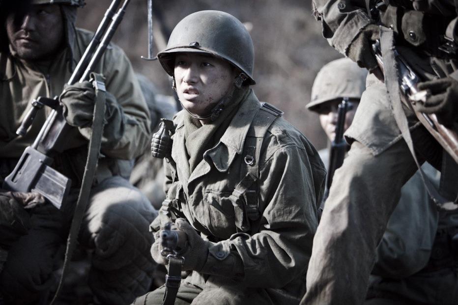 The-Front-Line-2011-Jang-Hun-18.jpg
