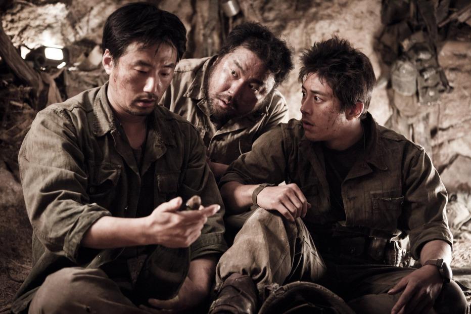 The-Front-Line-2011-Jang-Hun-19.jpg