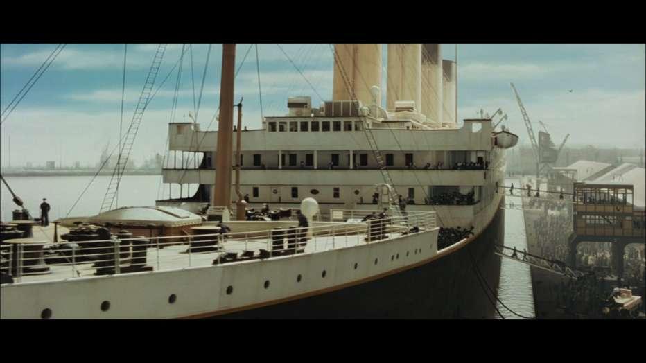 Titanic-3D-1997-2012-James-Cameron-10.jpg