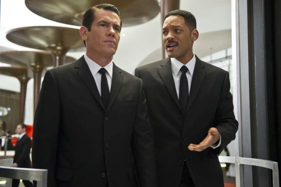 Men-in-Black-3-2012-Barry-Sonnenfeld-05.jpg