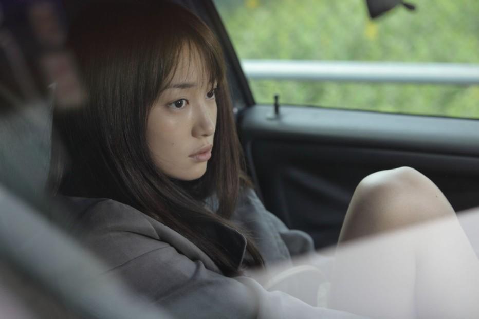 qualcuno-da-amare-2012-abbas-kiarostami-004.jpg