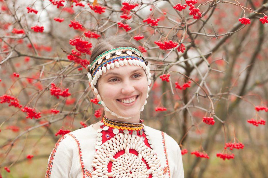 Celestial-Wives-of-Meadow-Mari-2012-Aleksei-Fedorchenko-01.jpg